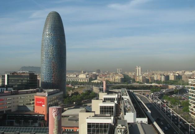 Torre_Agbar_and_Glories